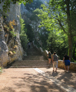 France-path-to-St-Baume