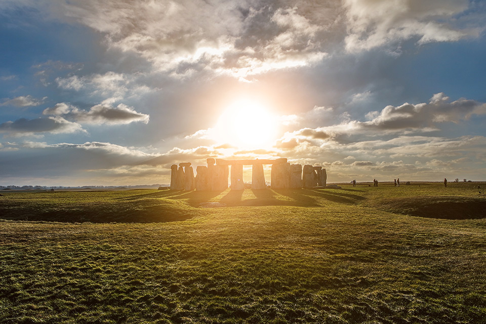 Stonehenge at Summer Solstice | Summer Soltice Threefold Golden Flame Meditation