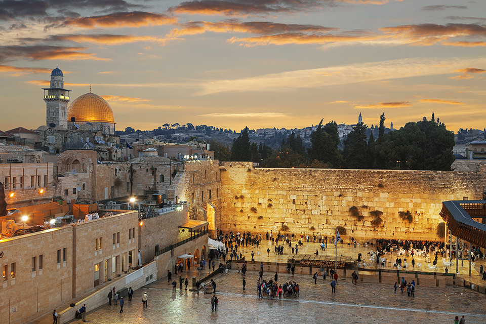 The Wailing Wall and Dome of the Rock at Sundown | Sacred Tour of Israel